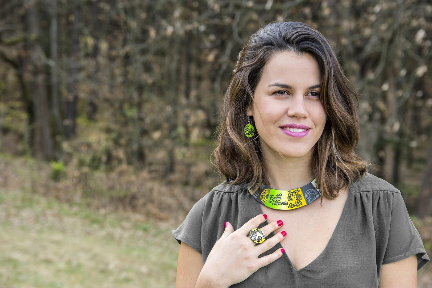 5542 - Španski bezeg, regrat in kolekcija nakita Spring