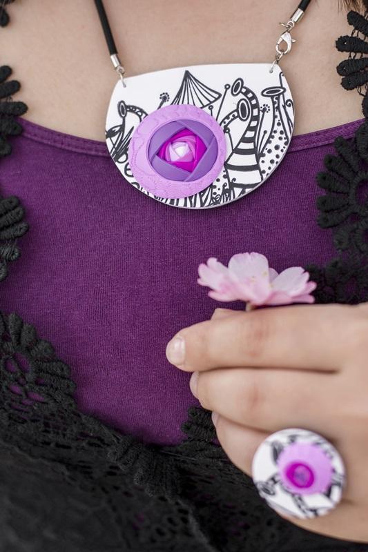 009 - Cvetoče japonske češnje in pomladna kolekcija nakita Bloom