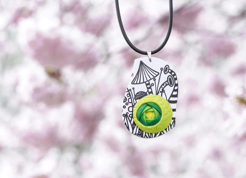 047 - Cvetoče japonske češnje in pomladna kolekcija nakita Bloom