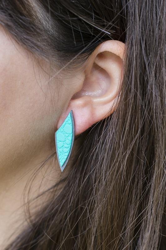0089 - Z živobarvno kolekcijo nakita Tropic v vroče poletje
