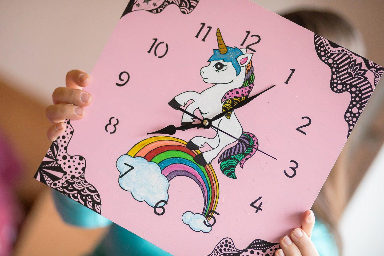 Ideja za darilo: čudovita stenska ura