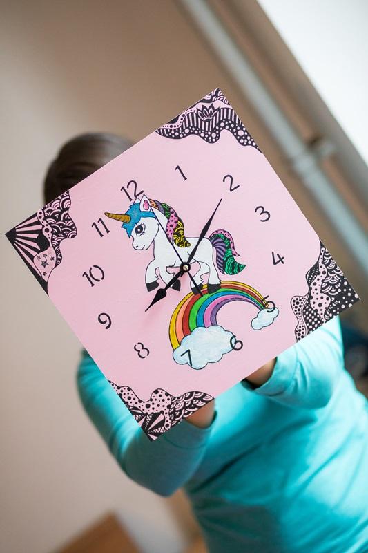 030 1 - Ideja za darilo: čudovita stenska ura